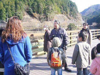 化石発掘の現場見学ツアー